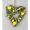 Ratanové srdce s dekorací citrónu